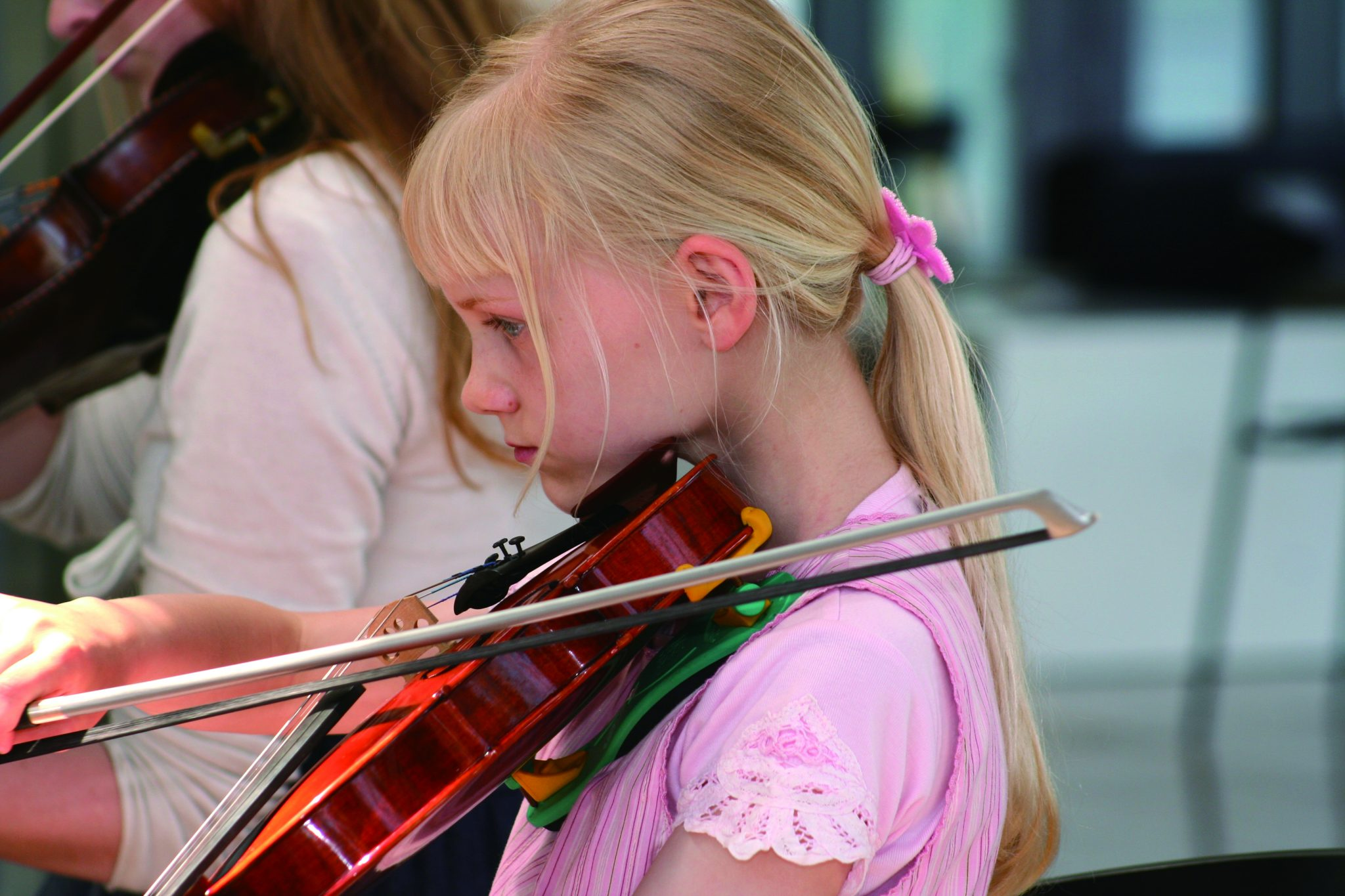 Girl playing violin at the Music School in Sonderborg