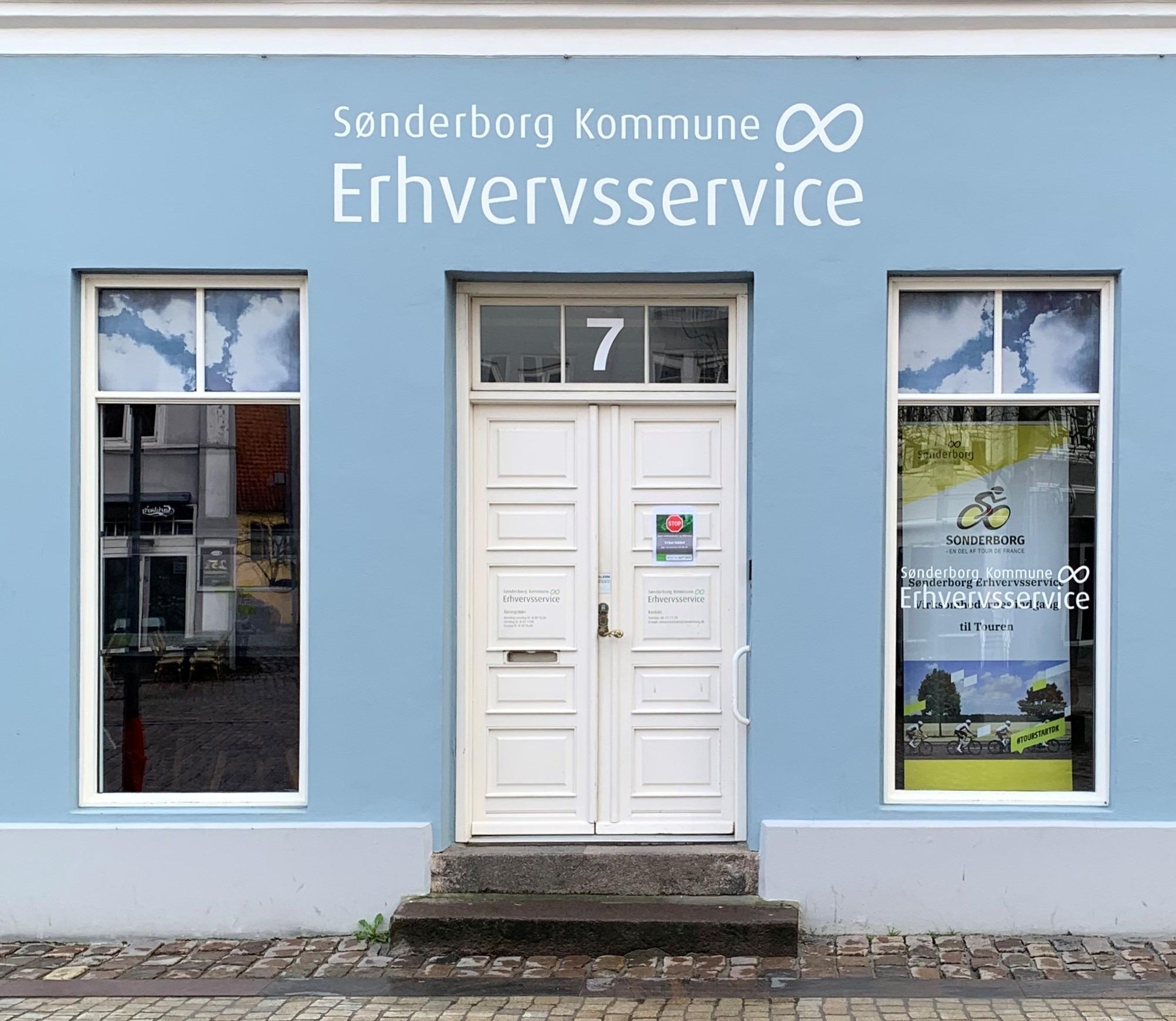 Mennesker på café i Sønderborg